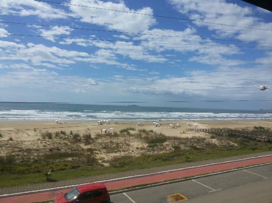 Praia Hotel Imbituba: Vista de uma das suítes frente ao mar