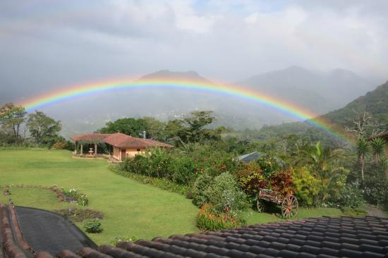 Los Establos Boutique Inn: Morning Rainbow