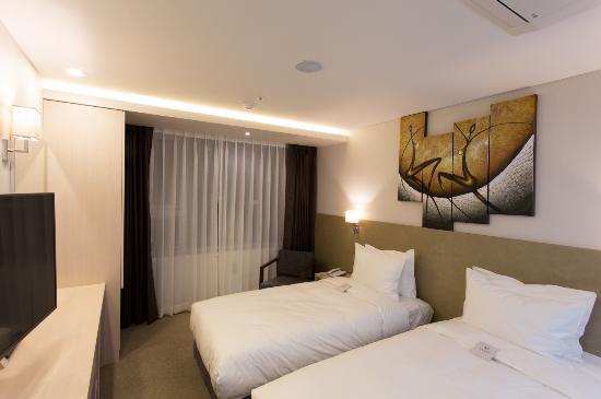 CS 애비뉴 호텔