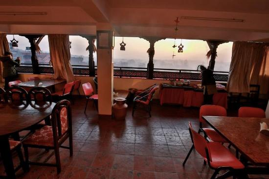 Heart of Bhaktapur Guest House: Our terrace for your breakfast and relax