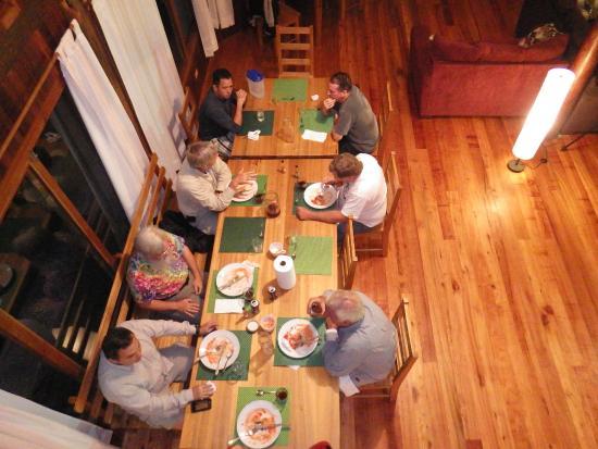 Mount Totumas Cloud Forest: Enjoying dinner as seen from 2nd floor.