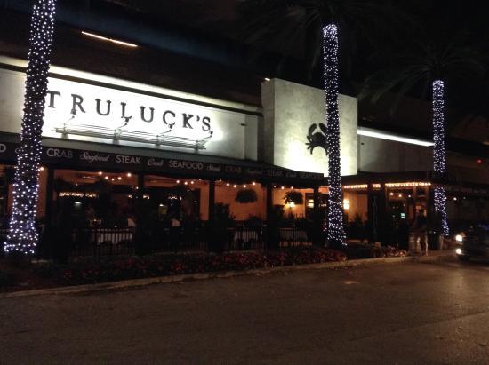 Truluck's Restaurant : Signage