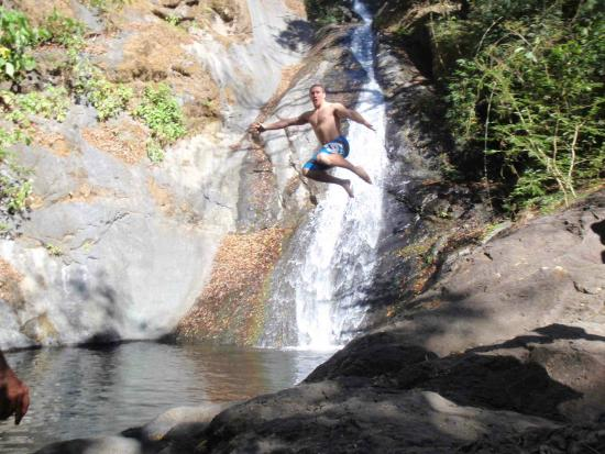 Adventure Park & Hotel Vista Golfo: A Stop for a Swim at a Waterfall!