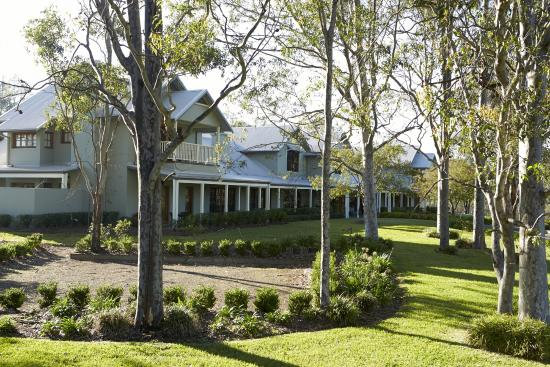 Spicers Vineyards Estate: Main Guesthouse Building