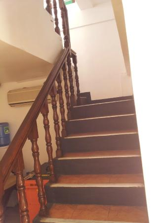 Boracay Tourists' Inn: stair way to second floor