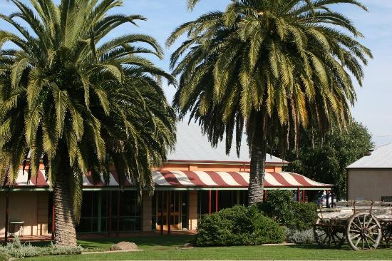 South Eastern Hotel: Palm Garden