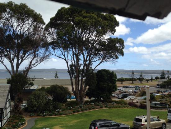 1849 Backpackers Hotel, Albany: View from loungeroom