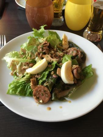 Une entr e salade bressane tr s bonne et magnifiquement for Entree bonne et facile