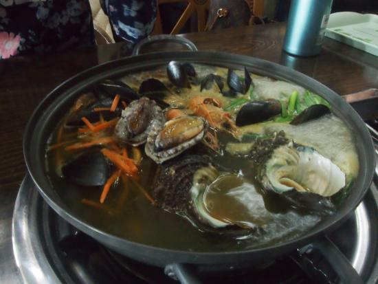 Udo: jakk pong seafood noodle