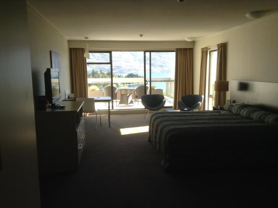 Copthorne Hotel & Apartments Queenstown Lakeview: The room