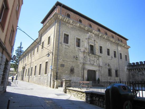 Escoriaza-Esquivel Palace