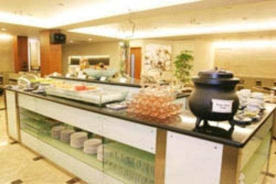 Grand Cemara Hotel: Coffee Shop Buffet