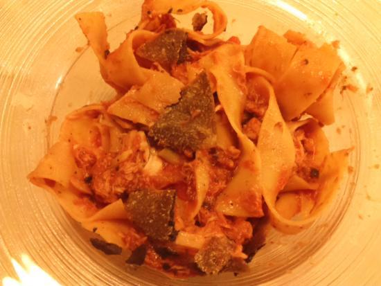 Osteria del Riccio : pappardelle al sugo di cinghiale e tartufo