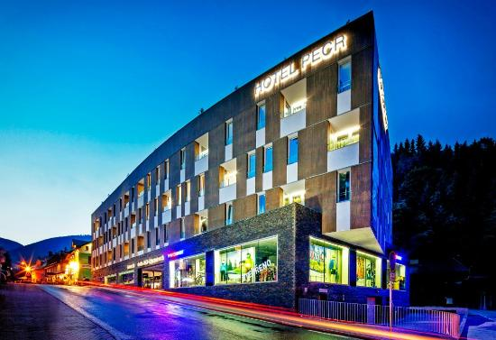 Hotel PECR