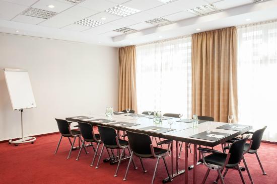 NH Nuernberg City Center: Meeting Room