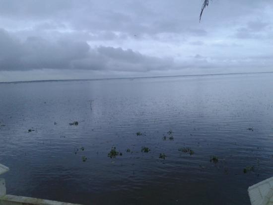 The World Backwaters: lake side
