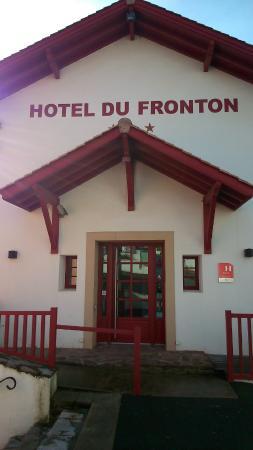 Entrée Hotel du Fronton