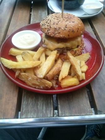 Tree Of Us: Cheese Burger Special