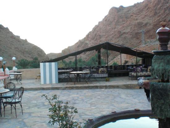 Maison d'Hotes Kasbah Taborihte: Piscina e spazi all'aperto