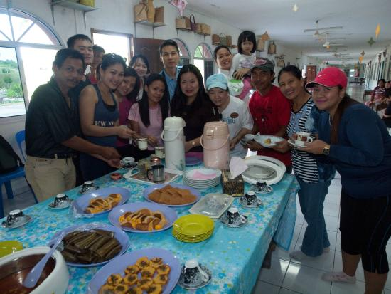 Tembruong Longhouse Fun And Food Picture Of Intrepid Tours - Intrepid tours