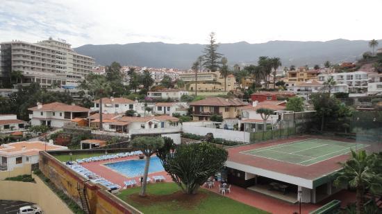 Hotel DC Xibana Park: Vistas a la piscina