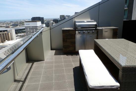 Aura On Flinders Serviced Apartments 2 Bedroom Standard Apartment Terrace