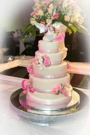 Gâteau de Mariage ou dAnniversaire : Pièces Montées - Photo de ...