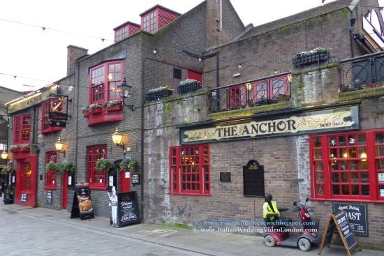 Esterno del pub The Anchor