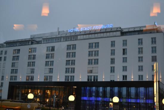 Hotel Stadt Freiburg: La facciata dell'hotel