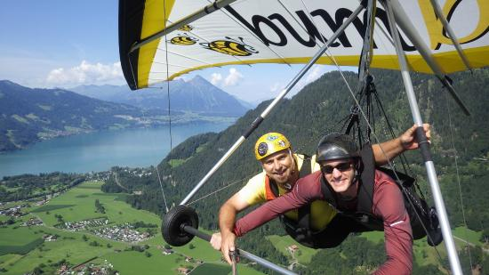Bumblebee Hanggliding Interlaken: Hang Gliding