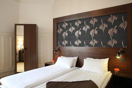 Queen's Hotel: Standard Double room
