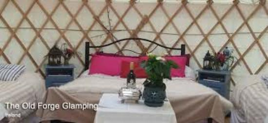 The Old Forge Glamping: Yurt
