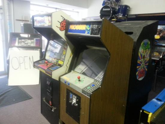 Blue Devil's Challenge Arcade: many classics i think them all if not tell em what they need