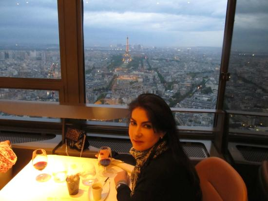 foto de le ciel de paris par s con mi esposa en el restaurante le ciel de paris tripadvisor. Black Bedroom Furniture Sets. Home Design Ideas