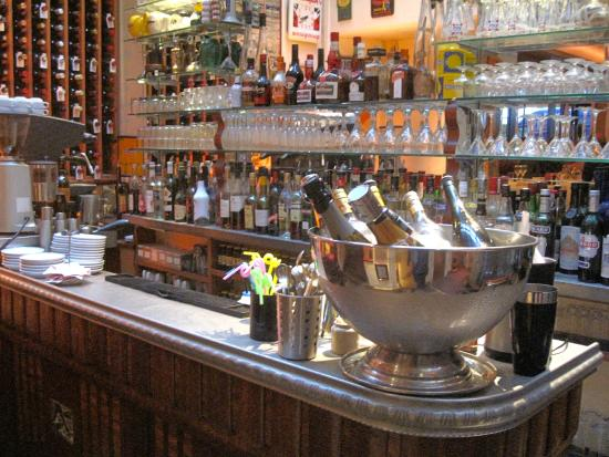 The zinc bar from a Lyon brothel