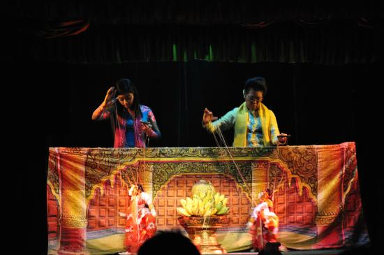 Mandalay Marionettes Theater : Occasionally, puppet players are revealed