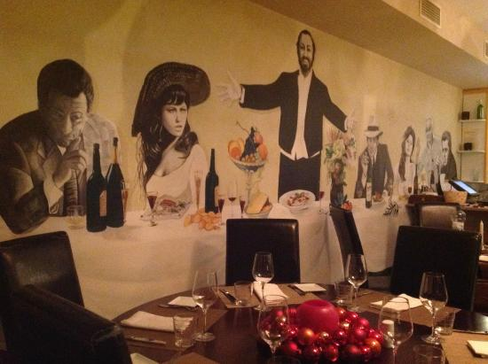 IL CARPACCIO: Pavarotti watching over the guests