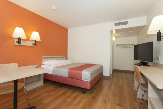 Motel 6 Davis - Sacramento Area: Guest Room