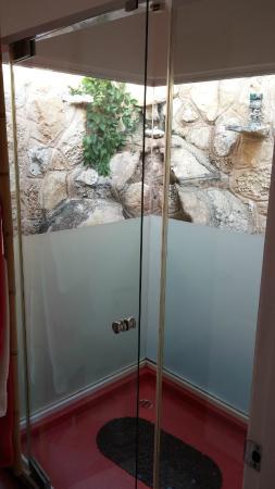 Cascadas de Merida: shower
