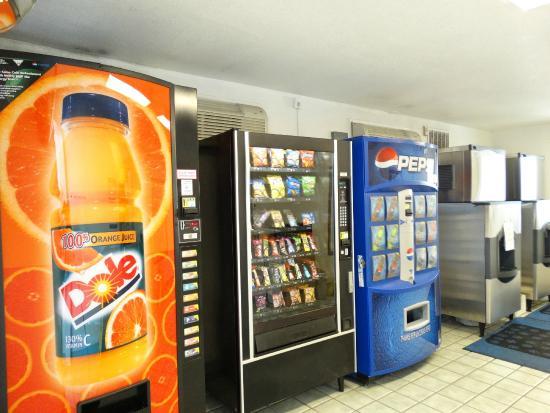 Motel 6 Kalispell: Vending