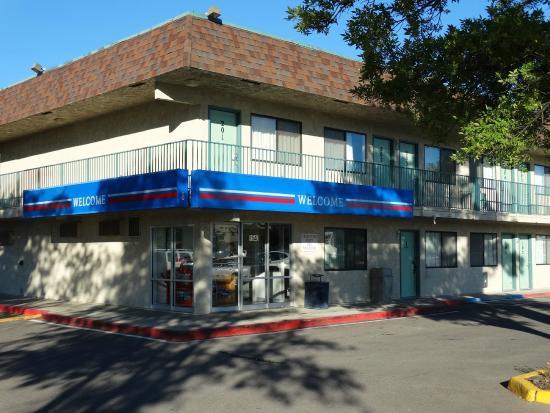 Motel 6 Kalispell: Exterior