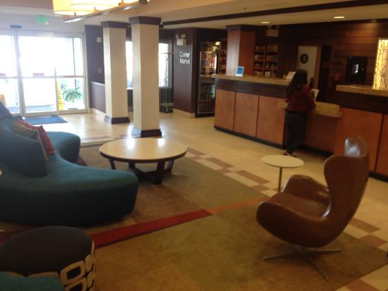 Fairfield Inn & Suites Clovis: Lobby