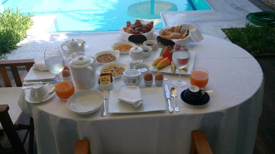 Tragaki, Greece: In Villa Breakfast