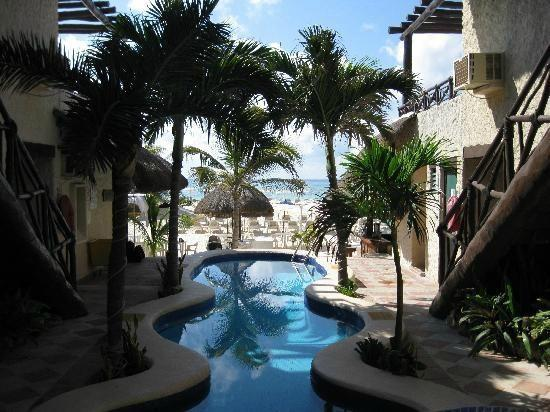 Hotel Mimi del Mar: View from my balcony to beach