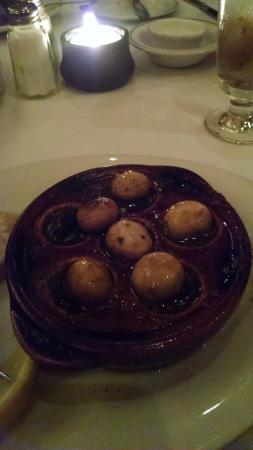 Barberian's Steak House : Escargot