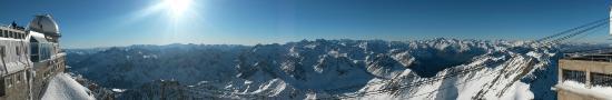 Vue panoramique depuis le pic du midi