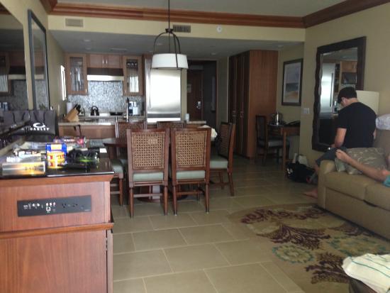 Large Center Pool - Picture of Hyatt Residence Club Maui, Ka ...