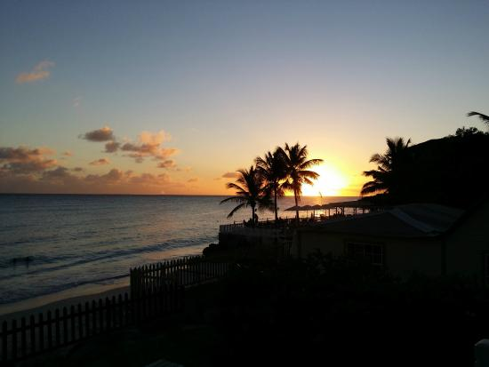 Maxwell Beach Apartments: Tramonto visto dalla terrazza