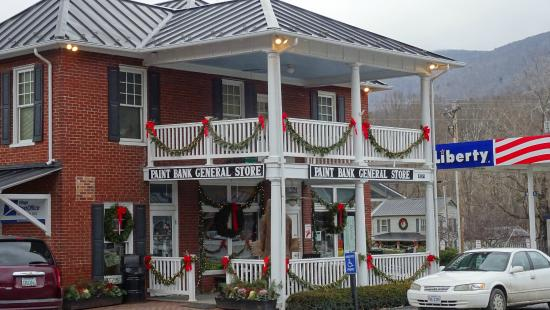 The Swinging Bridge Restaurant: The Swinging Bridge from the front.