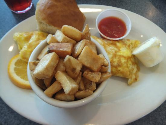 McElroy's Harbor House Seafood Restaurant : Shrimp & Cheese Omelet